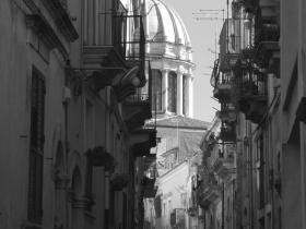 B&B Terrazza dei Sogni, Ragusa Ibla, Ragusa - picture of the balconies of ragusa ibla in black and white